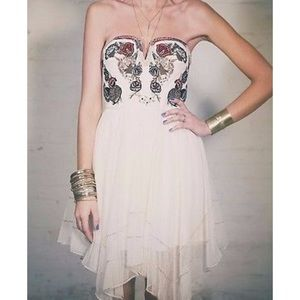 FREE PEOPLE cream embroidered Strapless dress (6)